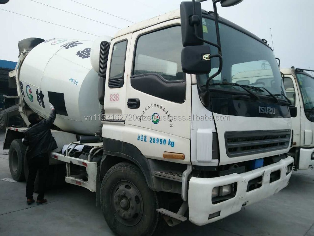 Used ISUZU mixer truck 10 cmb in good condition for sale