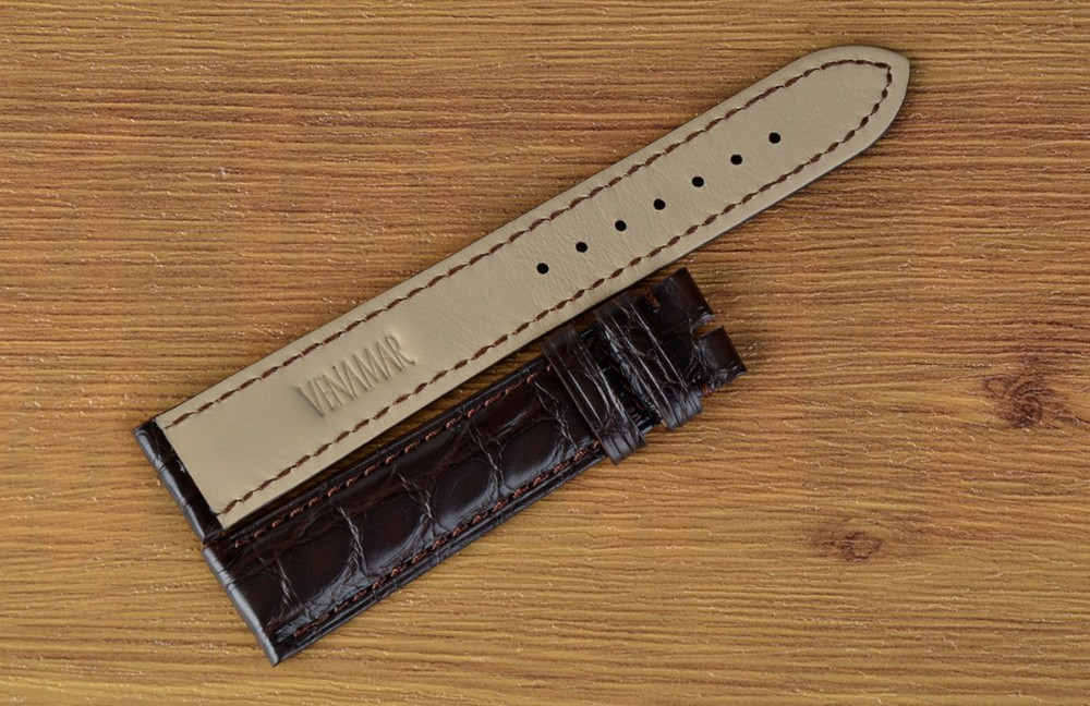 Small MOQ Wholesale Genuine Crocodile Leather Smart Watch Band Manufacturer