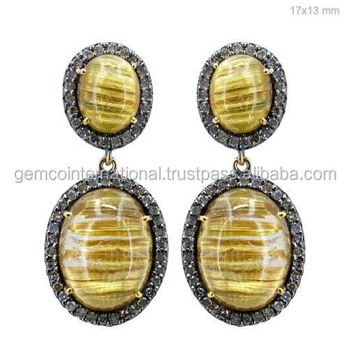 Pave Diamond Carving Earring in Yellow Gold