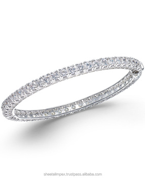 Sheetal Impex 4.80 Tcw VS Clarity FG Color Round Shape Real Natural Diamonds Studded 18 Kt White Gold Diamond Bracelet