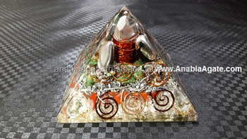 Orgone Pyramid Big Ruby Chips And Big Crystal Point And Copper Coils : Wholesale Spiritual Orgone Pyramid