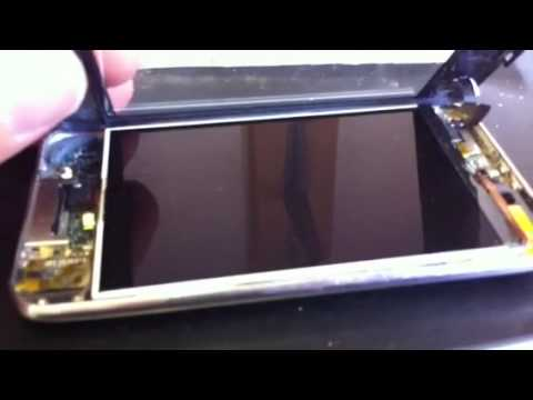 Replacing a 30 pin dock connector in an iPod Touch - The Computer Room Nottingham