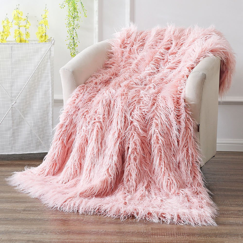 Ojia Super Soft Fuzzy Shaggy Mongolian Lamb Throw Blanket Plush Warm Fluffy Cozy Elegant Long Faux Fur Blanket Bedding Cover Chic Decorative for Bedroom Sofa Floor(50 x 60 Inch, Pink)
