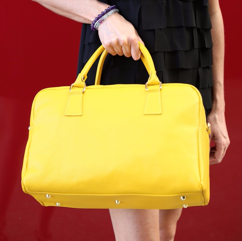 04422a25a4c0 Yellow Fashion Bag Quality Italian Leather Craft - Buy Fine Italian Leather  Bags,Traditional Italian Crafts,Handmade Genuine Leather Bags Product on ...