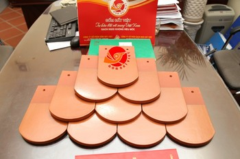 Half Round Clay Roofing Tile Tile Span Roofing Terracotta Roof Tile 100% Natural Clay