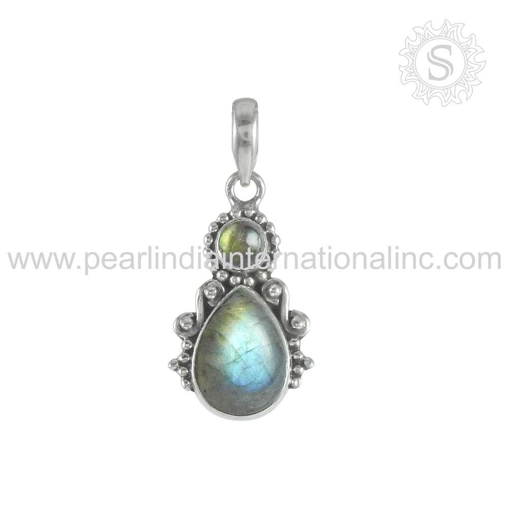 Afflicted Blue Labradorite Gemstone Pendant 925 Sterling Silver Jewellery Handmade Indian Silver Jewellery Wholesaler Jaipur
