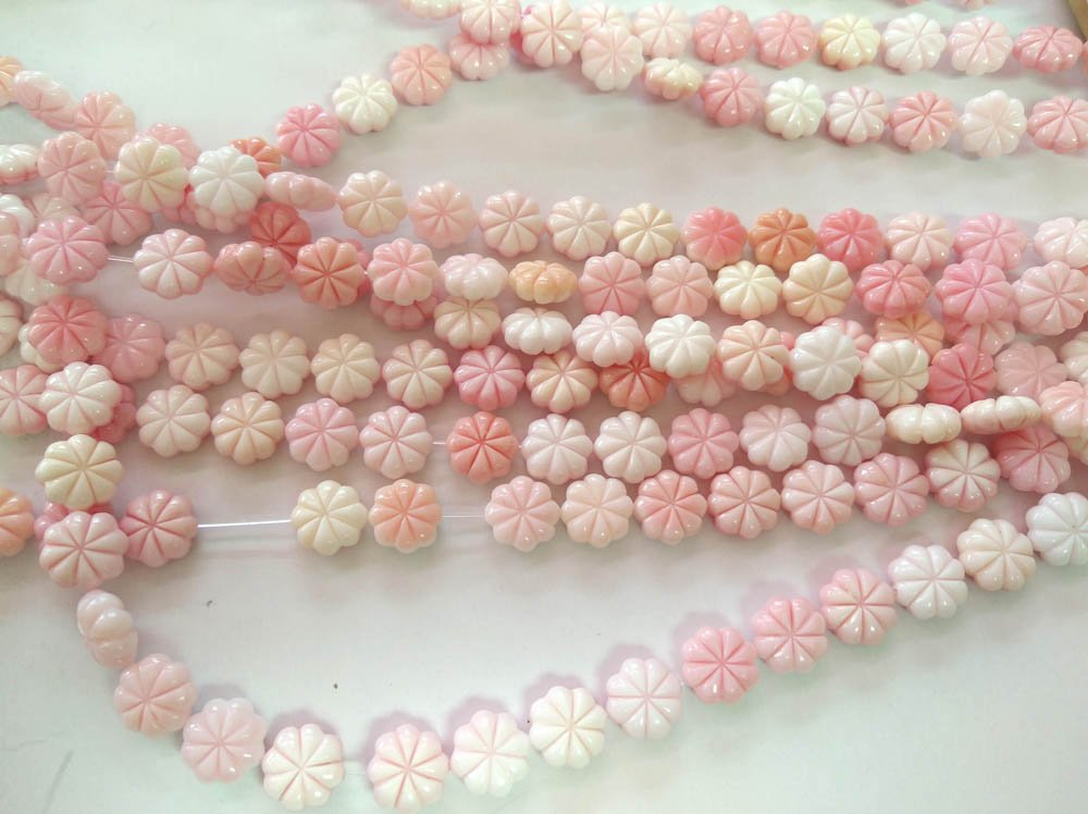 pink MOP Shell Flower 12mm16inch Natural conch shell ,petal Carved Beads White Mother of Pearl Carved Flower Beads
