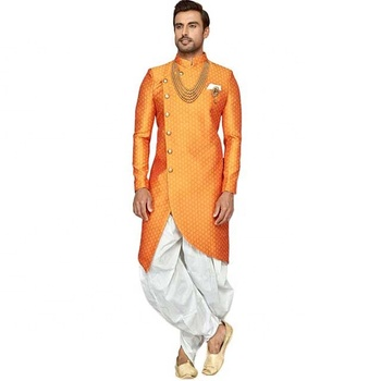 Orange à la mode Jacquard Soie Designer Sherwani Costume