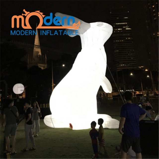 Alice In Wonderland Giant 5m Inflatable <strong>Rabbit</strong>/Bunny