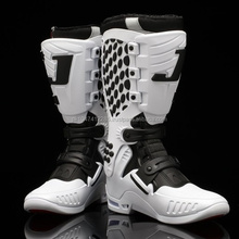BLACK WHITE NEW ARRIVE MOTORCYCLE MEN RACING BOOTS/MOTOCROSS BOOTS / MOTORBIKE BOOTS
