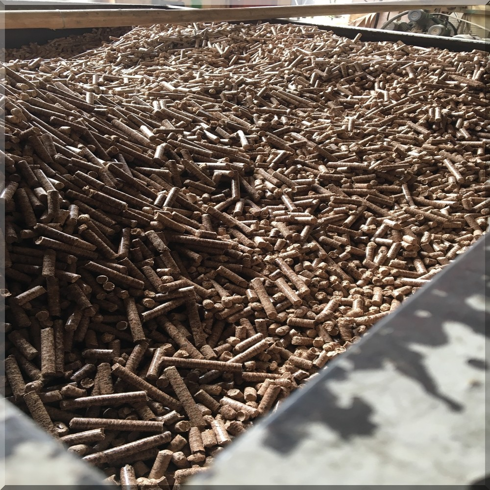 High Quality Eco-recycled Tropical Wood Pellets - Buy Wood ...