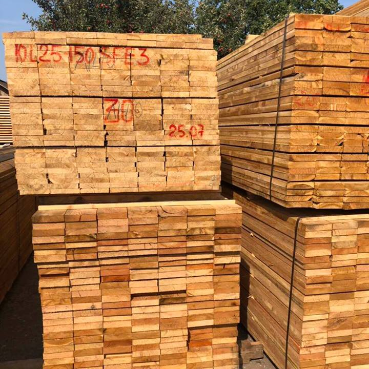 RUBBER HOUT/ACACIA HOUT/GRENEN HOUT HOUT VOOR HOUTEN PALLET