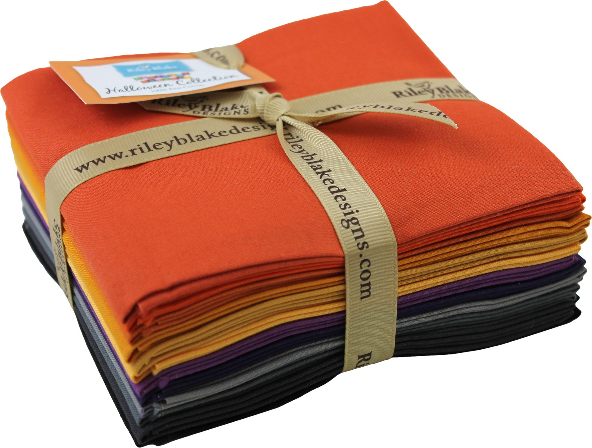 Confetti Cottons Halloween Rolie Polie 40 2.5-inch Strips Jelly Roll Riley Blake Designs RP-HA120-40
