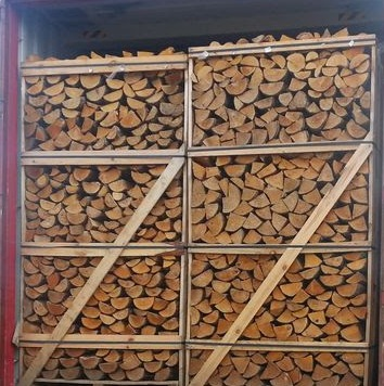Dry Firewood/ Oak /Pine/And Beech Firewood Logs Available for sale