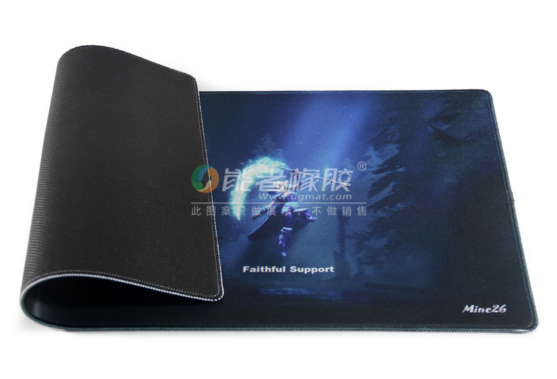 Customized natural rubber material gaming mouse pad on sale