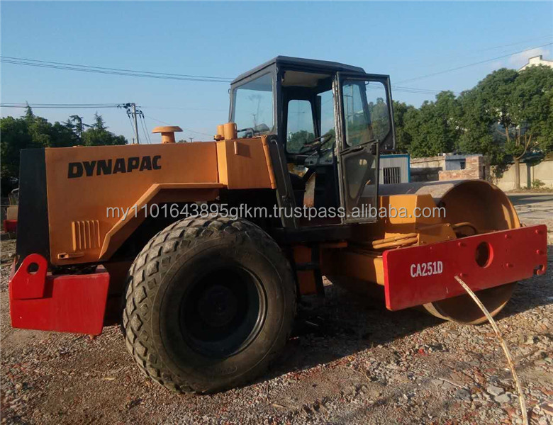 secondhand Dynapac CA251D road roller in Shanghai