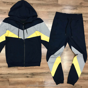 Latest Customized Men Sweatsuit / Custom Made Men Jogging Suit / Bulk wholesale tracksuit