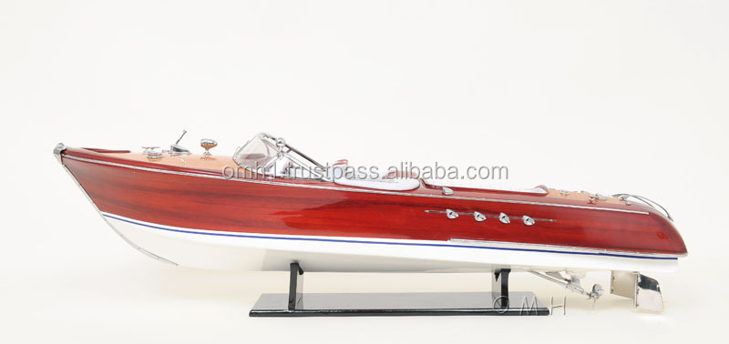 RIVA AQUARAMA REPLICA WITH RADIO CONTROL Wooden Model RC Speed Boats