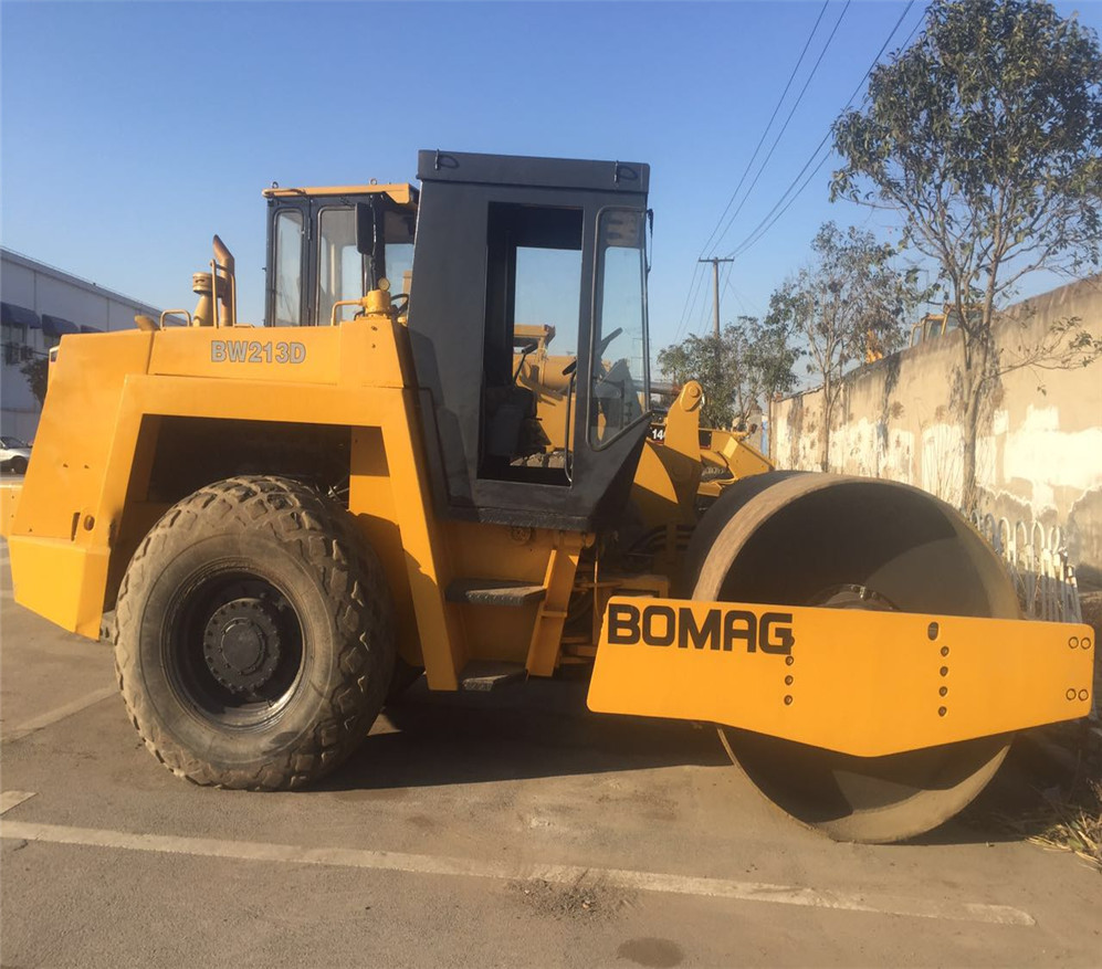 Used good condition Bomag 213D road roller