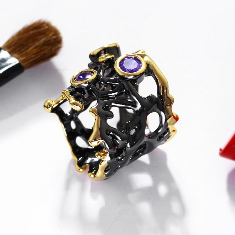 Fashion Hollow Designer Jewelry Black and Gold plated New Abstract Gothic Rings