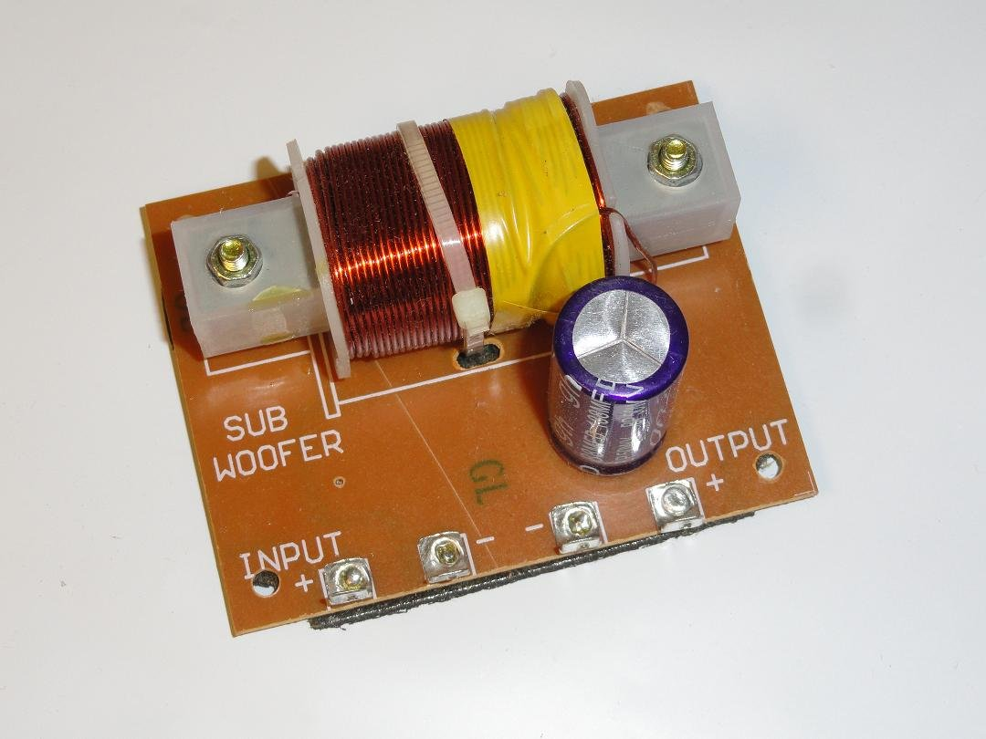 Cheap Speaker Crossover Circuit Find Subwoofer Filter 11 90 Hz Frequency Free Picture Get Quotations 12v Low Pass For 8 Ohm Or 4