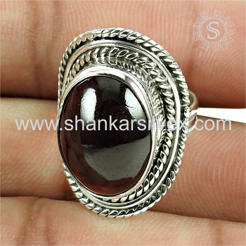 Fantabulous garnet gemstone ring silver jewellery 925 sterling silver wholesale jewelry supplier