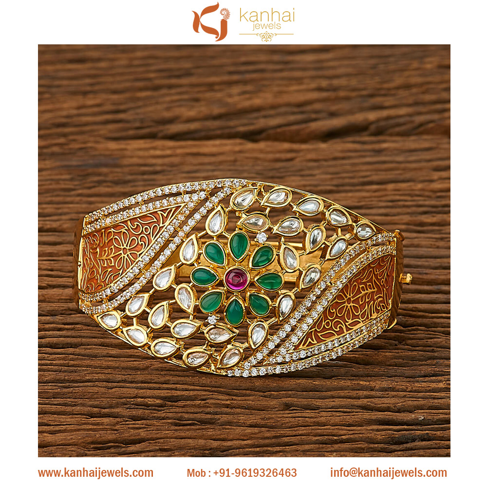 Kundan Classic Kada with gold plating 45269 Brown