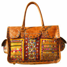 Sac <span class=keywords><strong>Banjara</strong></span> indien fait main broderie cuir. Sac bohème boho Vintage, style tribal. Fourre-tout Hippie chic. Sac ethnique.