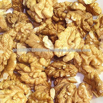 NATURAL DRIED WALNUT KERNELS / UNSHELLED WALNUT / WALNUT IN SHELL