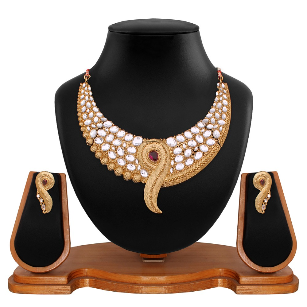 Vendee Fashion Gold Plated Traditional Necklace Jewellery (8641)