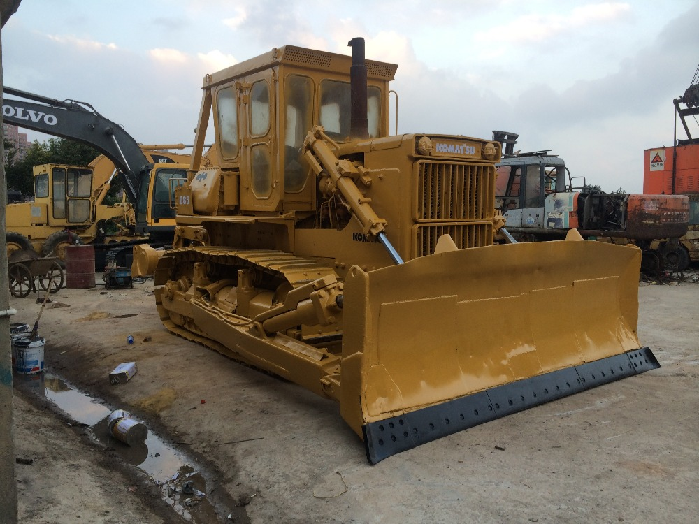 100% original from Japan used komatsu d85-18 bulldozer with ripper