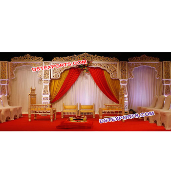 Rajwadi Reception Stage Traditional Style Fiber Stage For Wedding