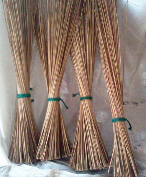 Straw broom_ coconut stick broom con alta qualità e buon prezzo made in viet nam
