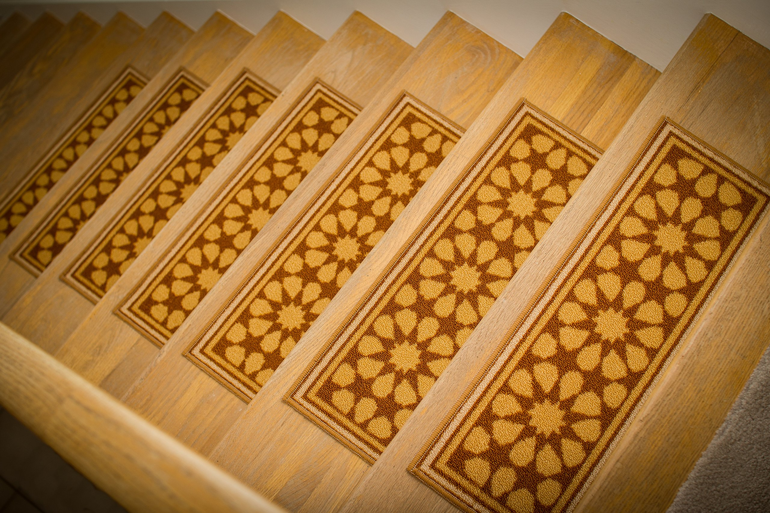 """Gloria Rug Skid-Resistant Indoor/Outdoor Rubber Backing Gripper Non-Slip Carpet Stair Treads-Machine Washable Stair Mat Area Rug (SET OF 7), 8.5"""" x 26"""", Gold"""
