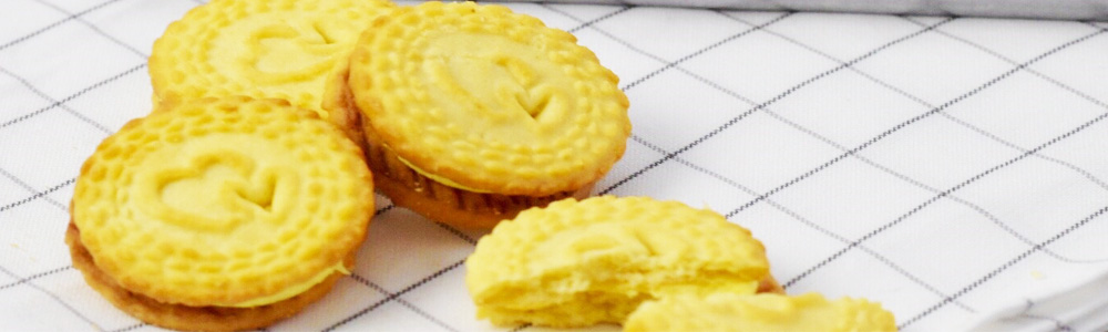 sandwich cream biscuits durian flavor cookies from Thailand