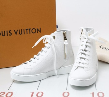 03a1c6534473 Used LOUIS VUITTON Stellar line White Sneakers for bulk sale. Different  size and Brands are