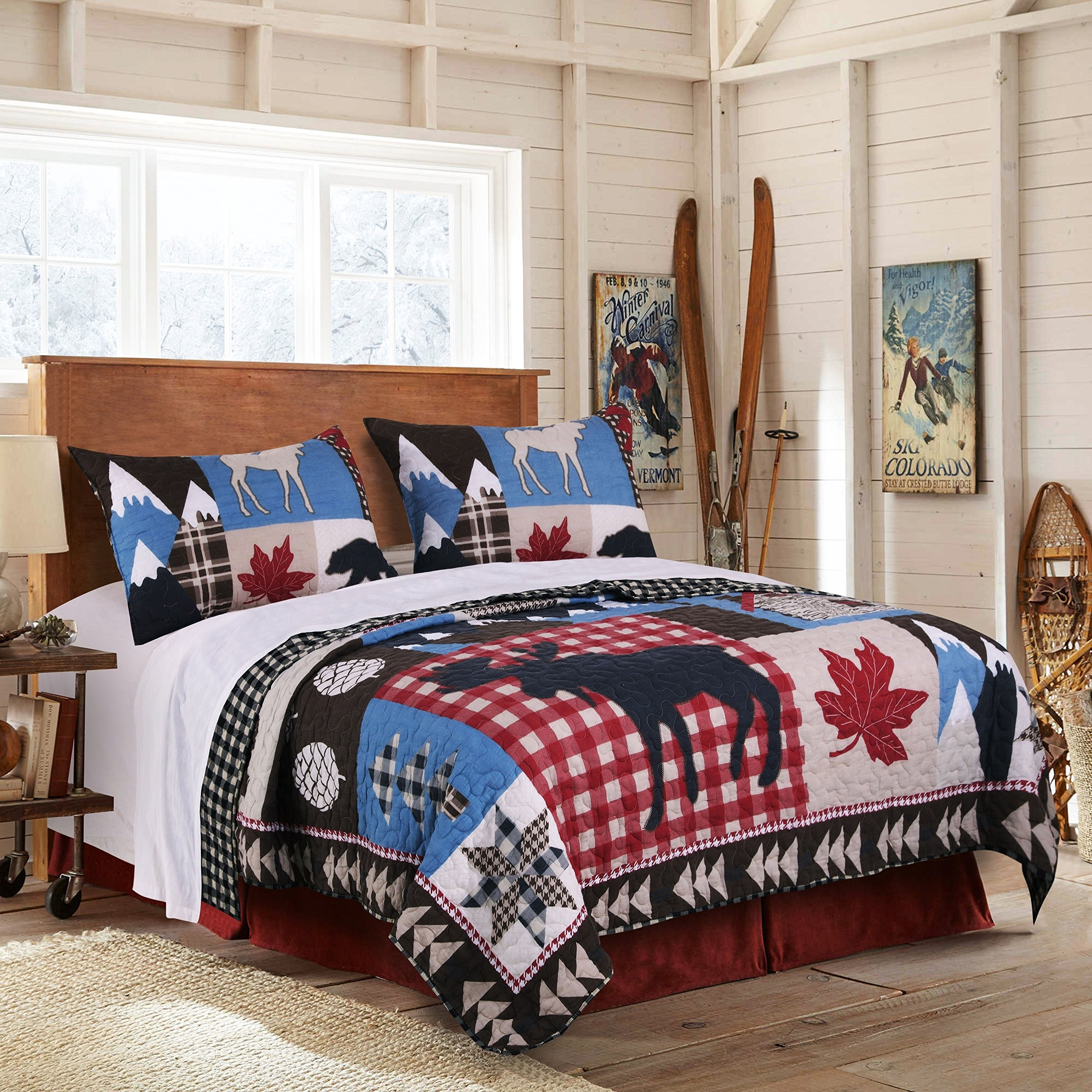 3 Piece Blue White Red Black Hunting Themed Quilt Full Queen Set, Black Bear Bedding Moose Plaid Log Cabin Pattern Lodge Leaf Mountains Snow Capped, Wilderness Wild, Reversible Microfiber Polyester