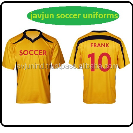 Latest Yellow Color Football Soccer Wear/Quick Dry Breathable Soccer Jersey Uniform