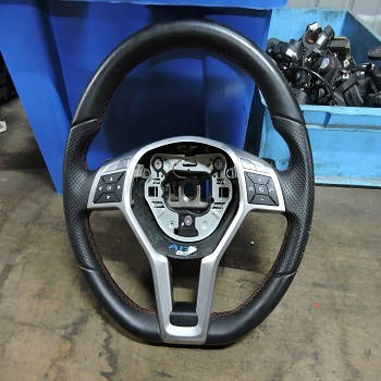 Used Auto Car Parts For SLK-class R172 55 AMG Steering Wheel