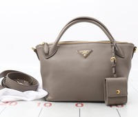 Good quality Authentic Original PRADA Calf Leather used 2Ways Shoulder bags for wholesale. Many High Class Brands Available