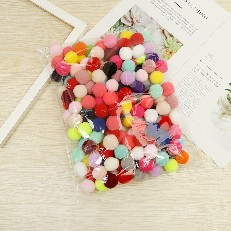 ZHENBO Brand Good Quality Nylon PomPoms Small Pompom Maker