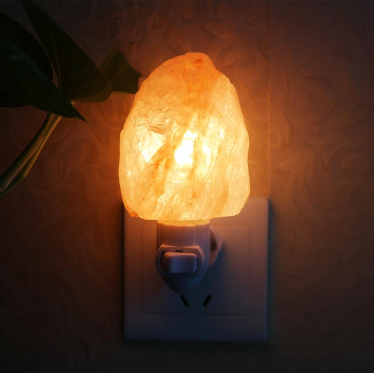 Heart Shaped Candle Holder Himalayan Natural Rock Salt Air Purifier Light Lamp, Customized All Types Of Shapes Available