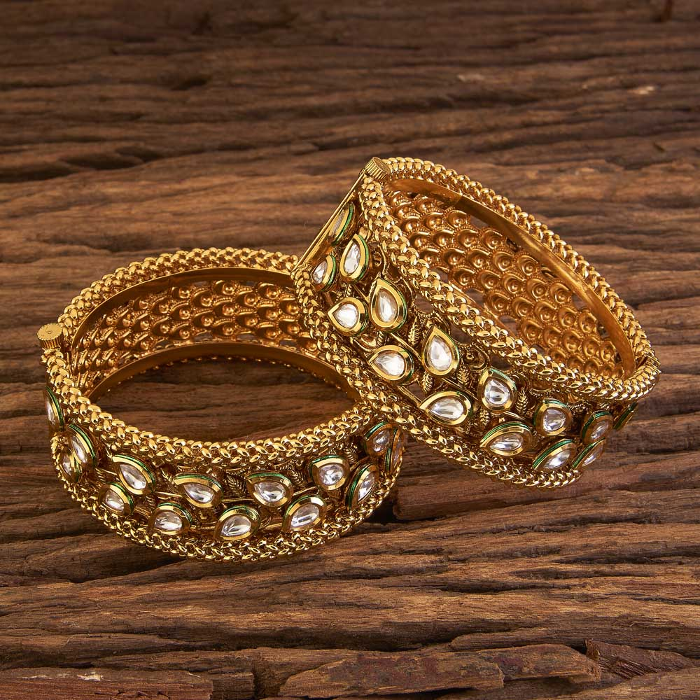 Openable Broad Bangles With Gold Plating 17292 White
