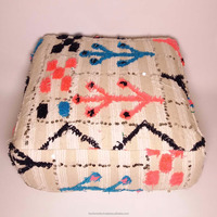 Moroccan handira floor cushion covers wedding blanket pouf berber pillow wholesaler 21