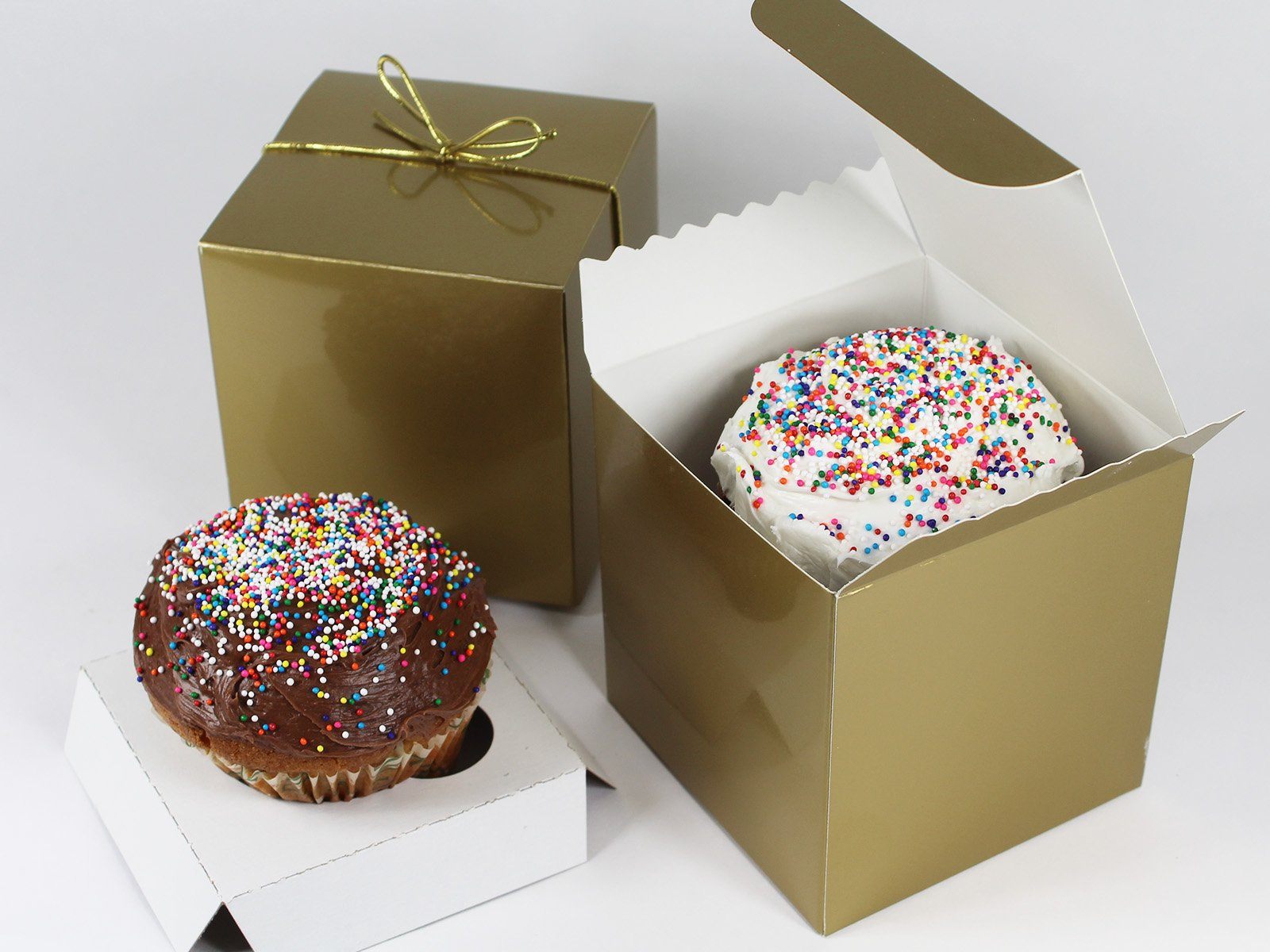 Gold Single Cupcake Gift Box Set with Inserts and Metallic Gold Stretch Loop Bow by Saybrook. Set of 10 Individual 4x4x4 Square Boxes, Holders and Bows (10, Gold)