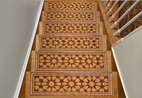 """Gloria Rug Skid-Resistant Indoor/Outdoor Rubber Backing Gripper Non-Slip Carpet Stair Treads-Machine Washable Stair Mat Area Rug (SET OF 7), 8.5"""" x 26"""", Beige"""