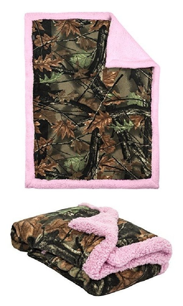 fe2fb585e68c8 Get Quotations · Highland Camo Baby Girls Camo with Pink Soft Sherpa Fleece Baby  Blanket