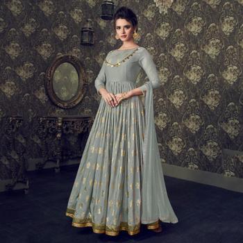 6d8d316278 Party Wear Muslin Silk New Designer Floor Length Anarkali Suits ...