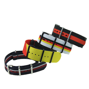 YH84 10 pieces / lot 20mm Watchband Strong Military Wrist Army Nylon Canvas Watch Strap Band 20 mm Belt Wholesale