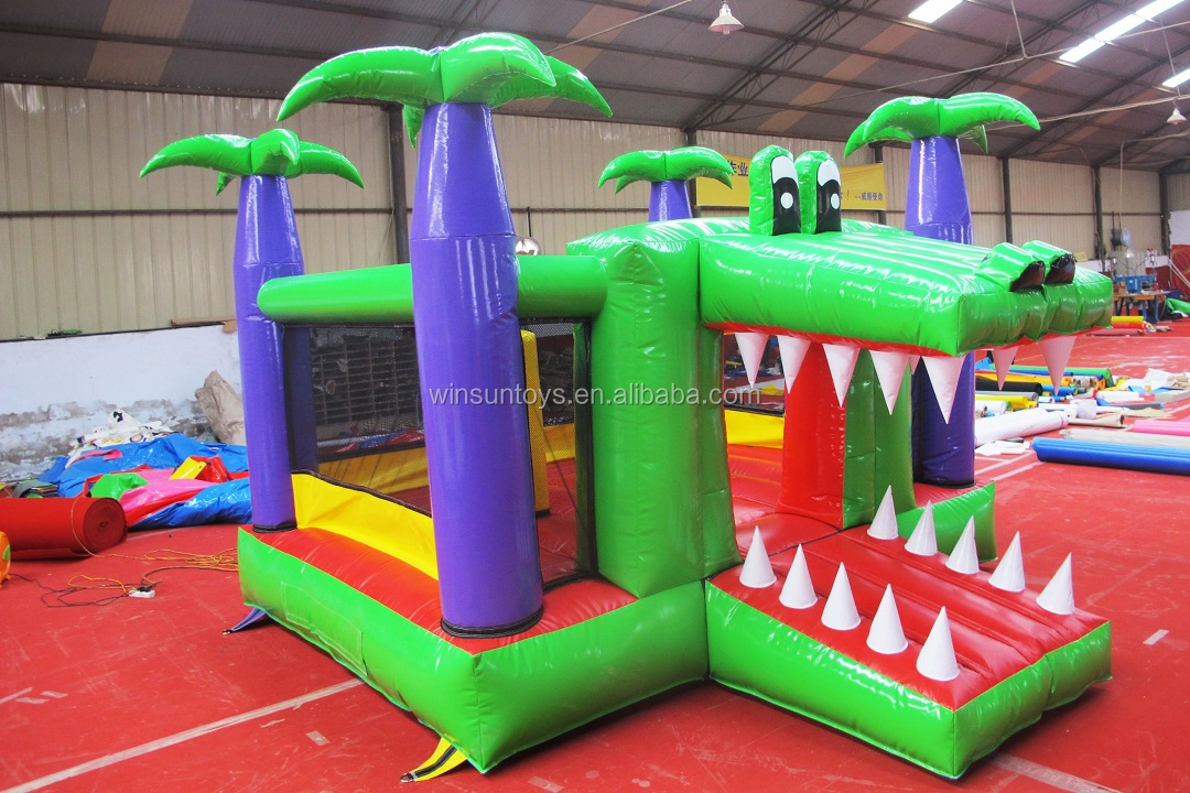 Giant outdoor jumping castle inflatable kids bounce house